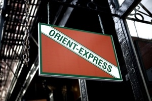 Orient-Express Cocktail Bar